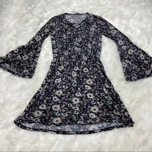 Soft Floral dress with flared arms